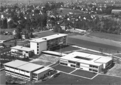 Kantonsschule Zürcher Oberland (6/6)
