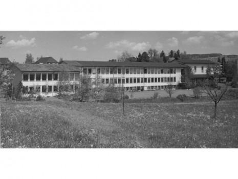 Schulhaus Lendenbach (3/8)